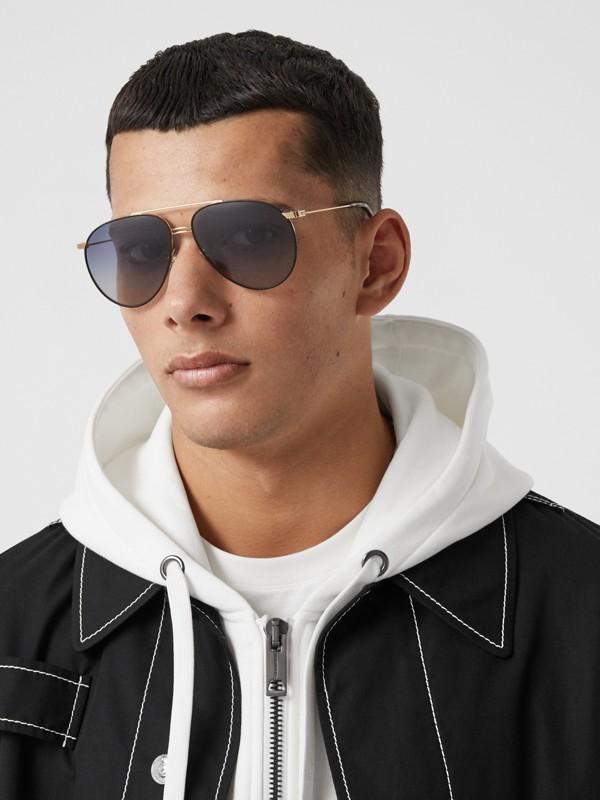 Top Bar Detail Pilot Sunglasses in Tortoiseshell - Men | Burberry Canada - cell image 2