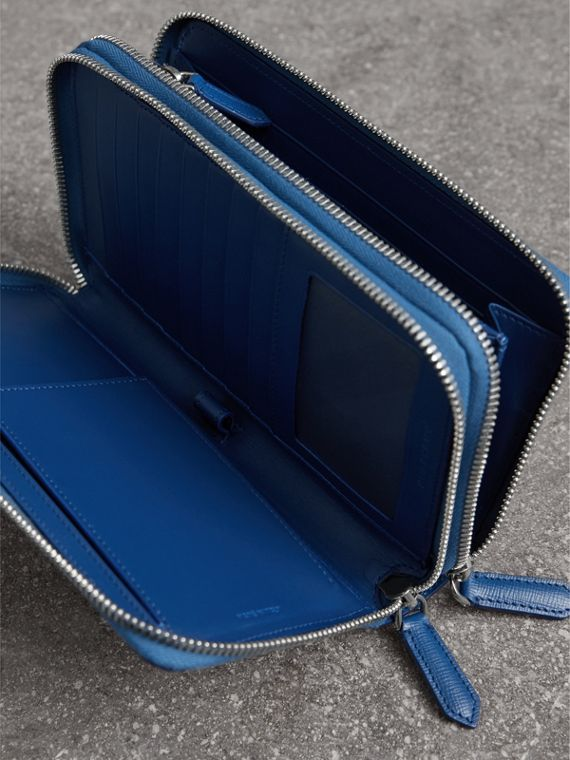 London Leather Travel Wallet in Deep Blue | Burberry Singapore - cell image 3