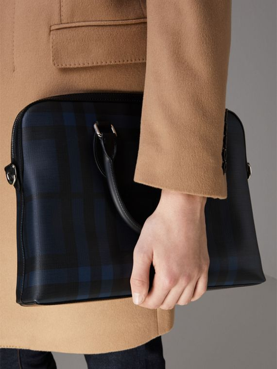 The Slim Barrow in London Check in Navy/black - Men | Burberry Canada - cell image 3