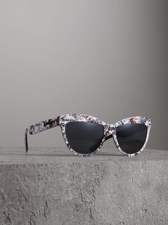 Doodle Cat-eye Frame Sunglasses in White