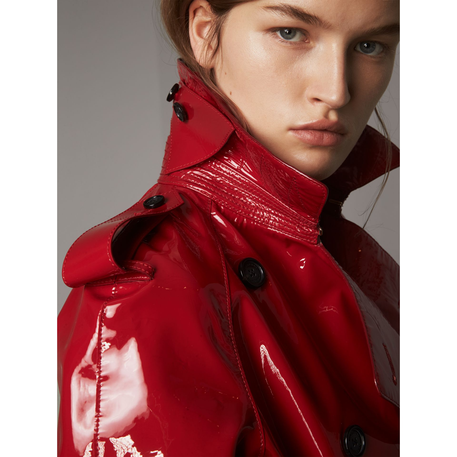 Raglan-sleeve Patent Lambskin Trench Coat in Parade Red - Women | Burberry - gallery image 6