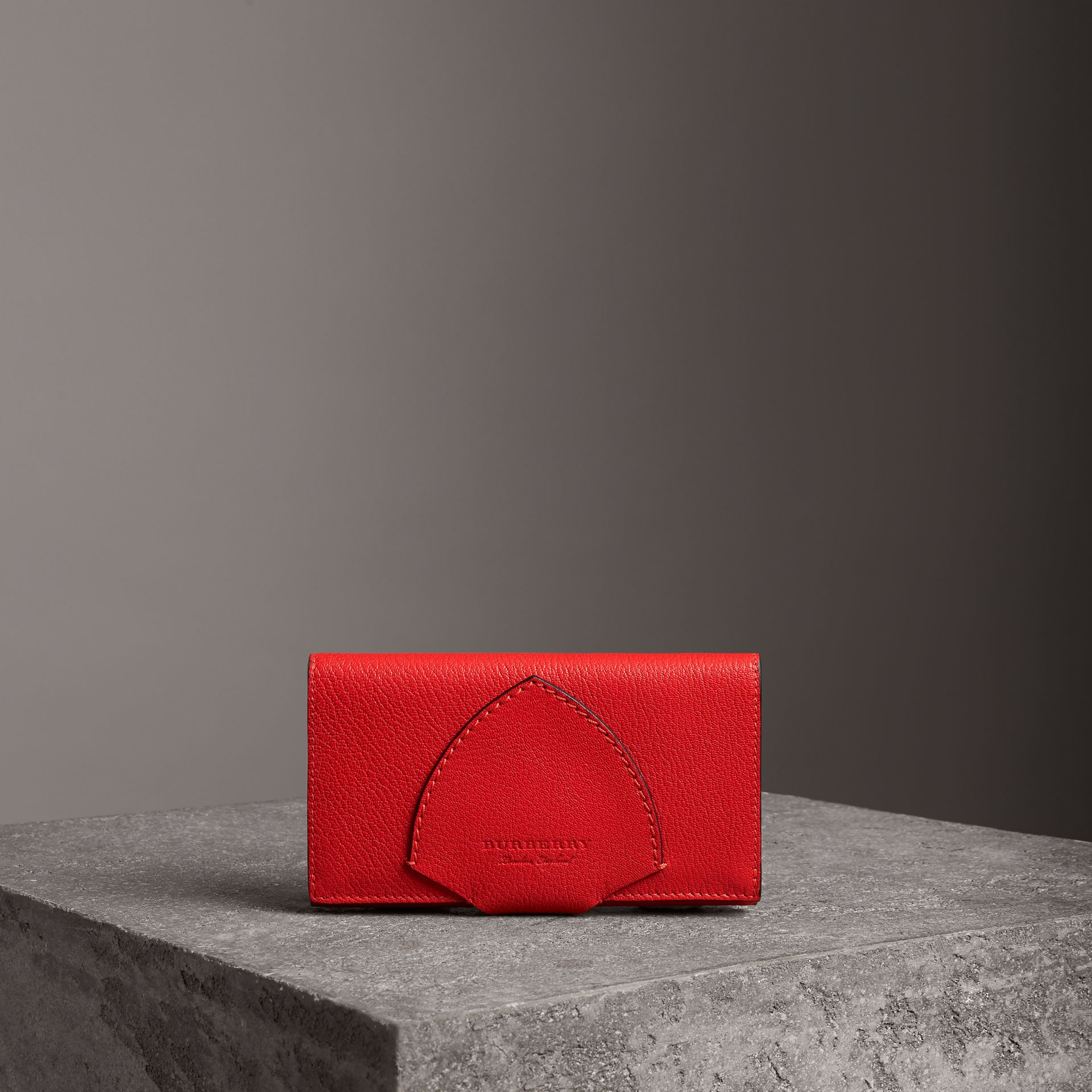 Equestrian Shield Two-tone Leather Continental Wallet in Bright Red - Women | Burberry Hong Kong - gallery image 0