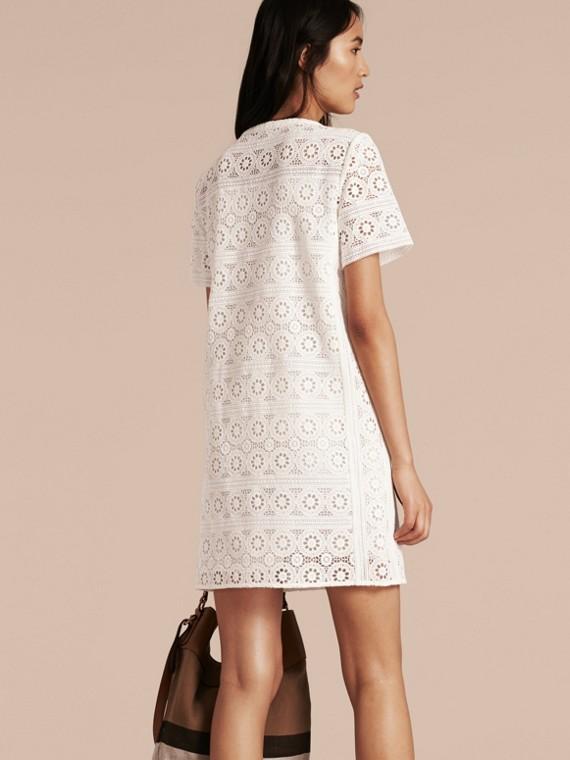 Branco natural Vestido camisa de renda de algodão - cell image 2