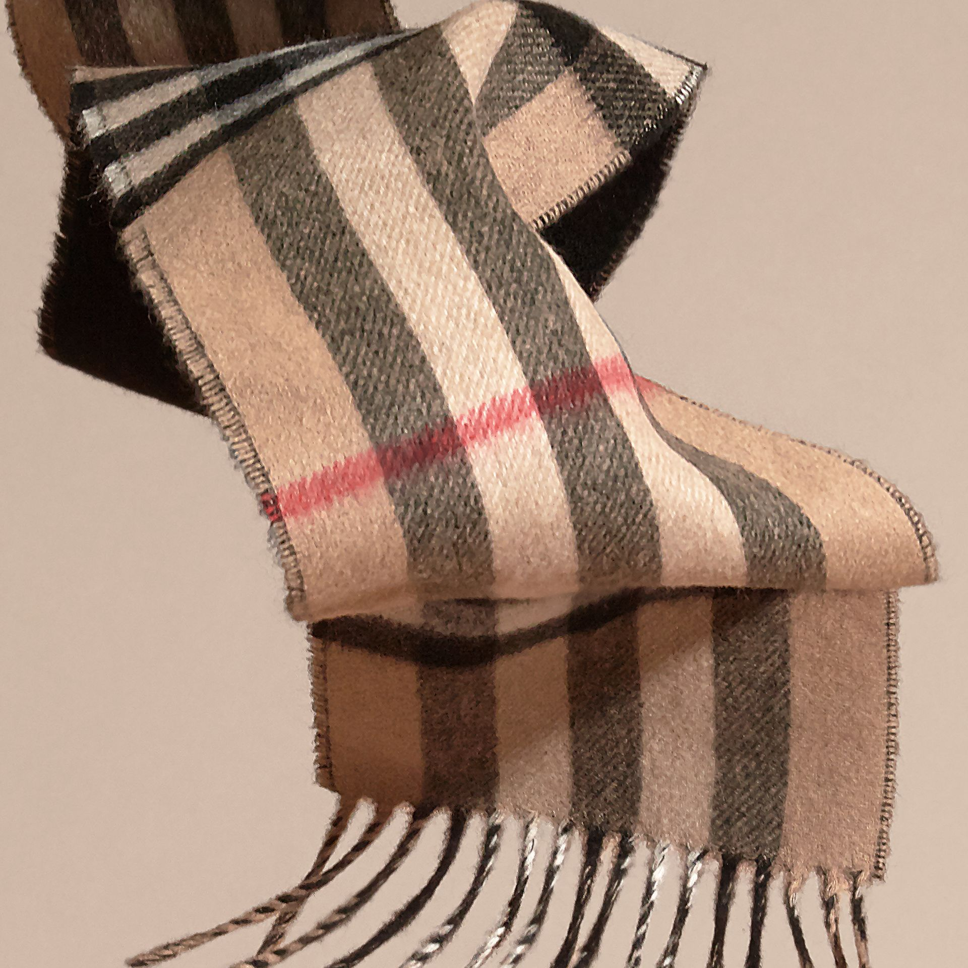 Camel/black The Slim Reversible Cashmere Scarf in Check Camel/black - gallery image 4