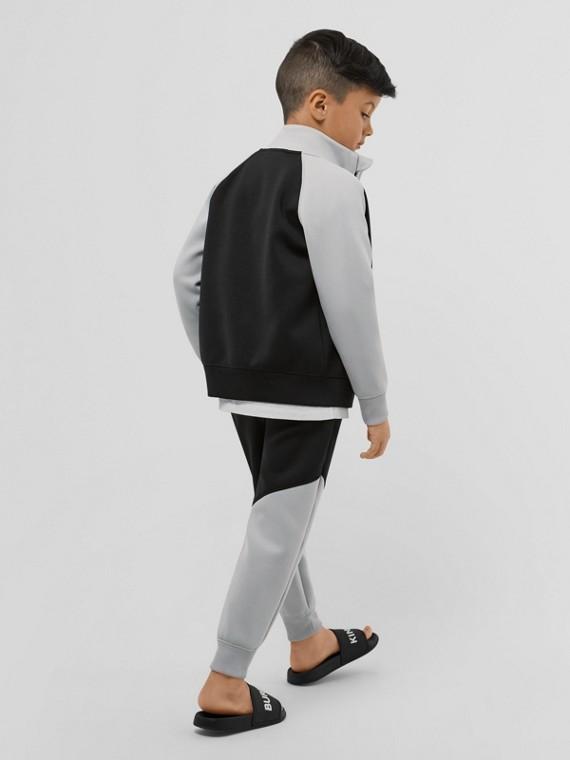 Trainingsjacke aus Stretchjersey in Zweitonoptik mit Burberry-Logo (Schwarz)