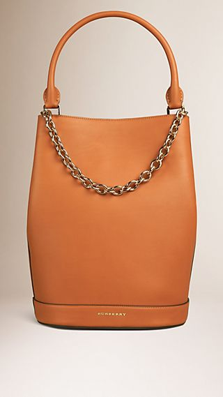 The Bucket Bag in Leather Light Toffee