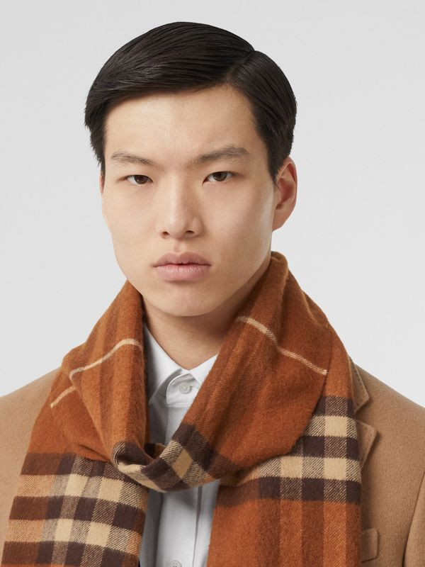 The Classic Check Cashmere Scarf in Chestnut | Burberry Australia - cell image 3