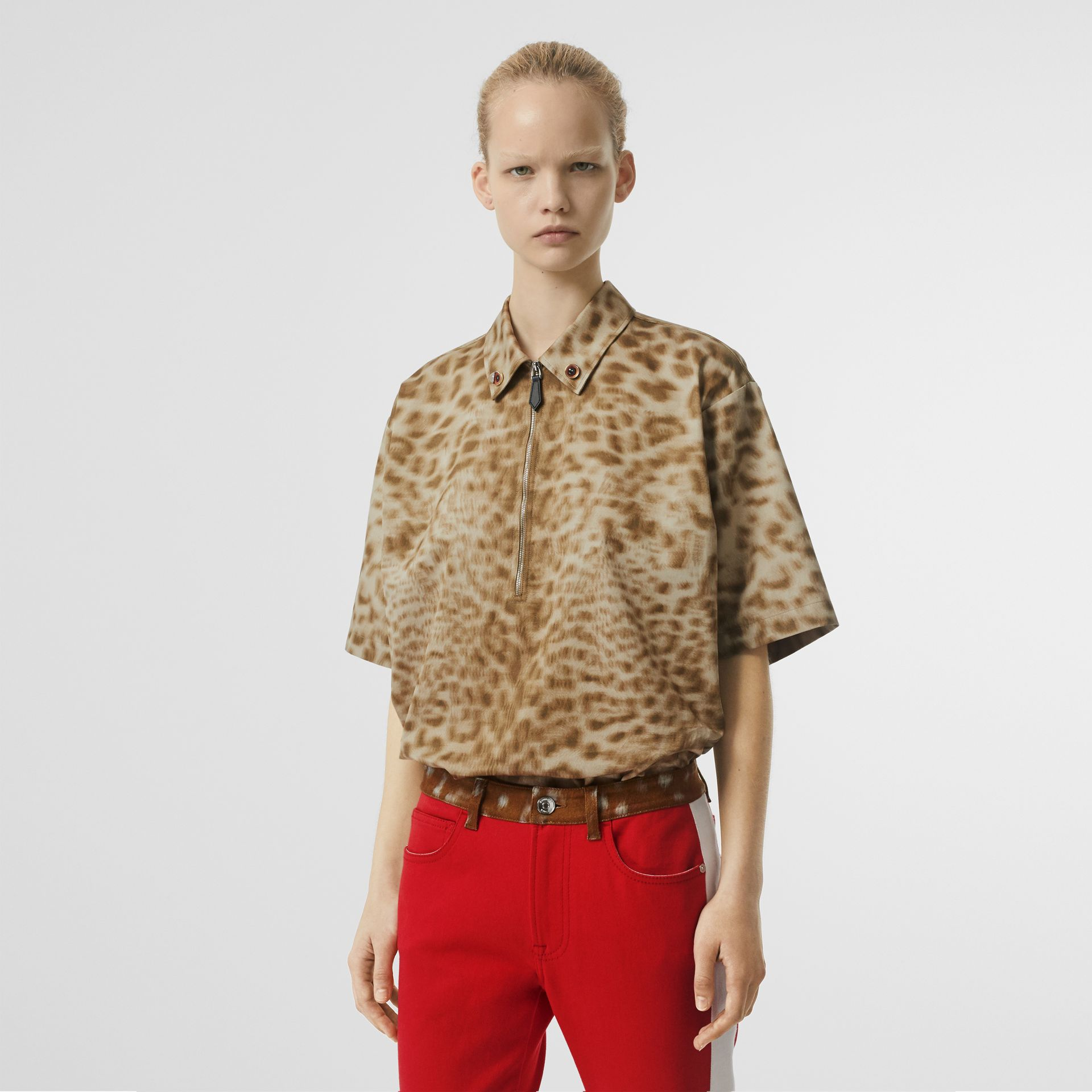 Short-sleeve Animal Print Cotton Oversized Shirt in Beige - Women | Burberry - gallery image 0