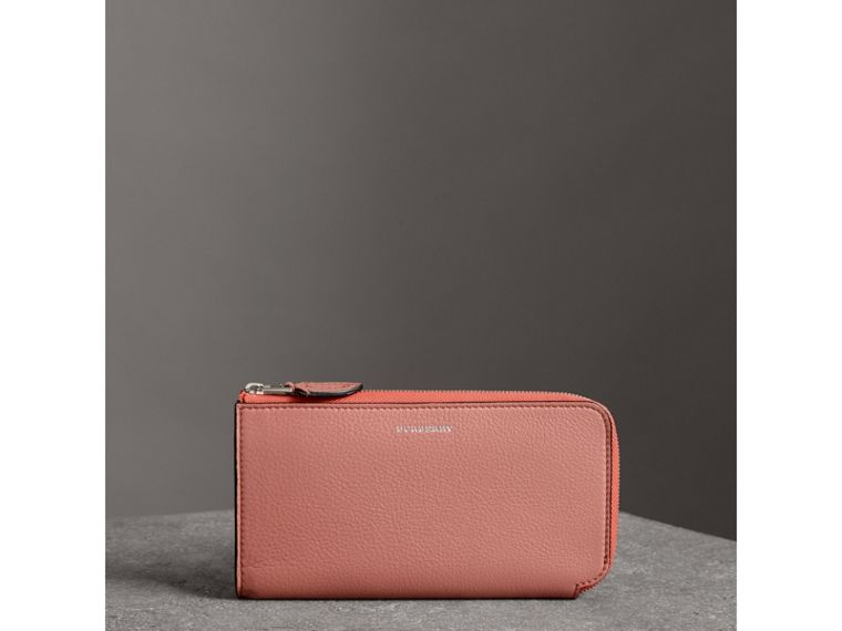 Two-tone Leather Ziparound Wallet and Coin Case in Dusty Rose - Women | Burberry - cell image 4
