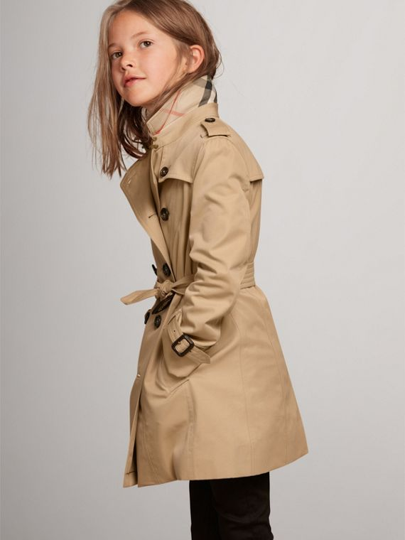 The Sandringham – Heritage Trench Coat in Honey - Girl | Burberry United States - cell image 2