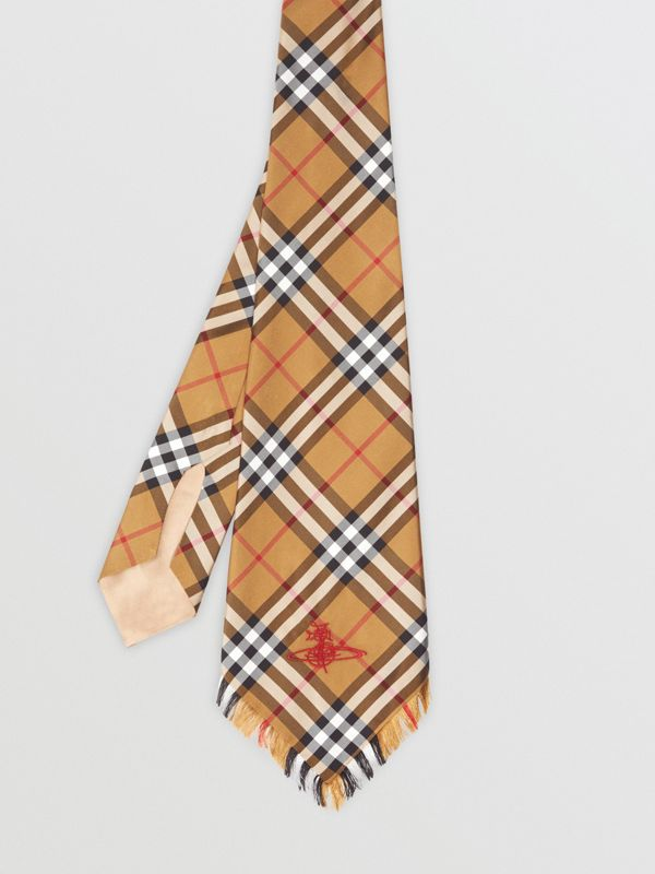 Wide Cut Vintage Check Silk Tie in Antique Yellow | Burberry United Kingdom - cell image 3