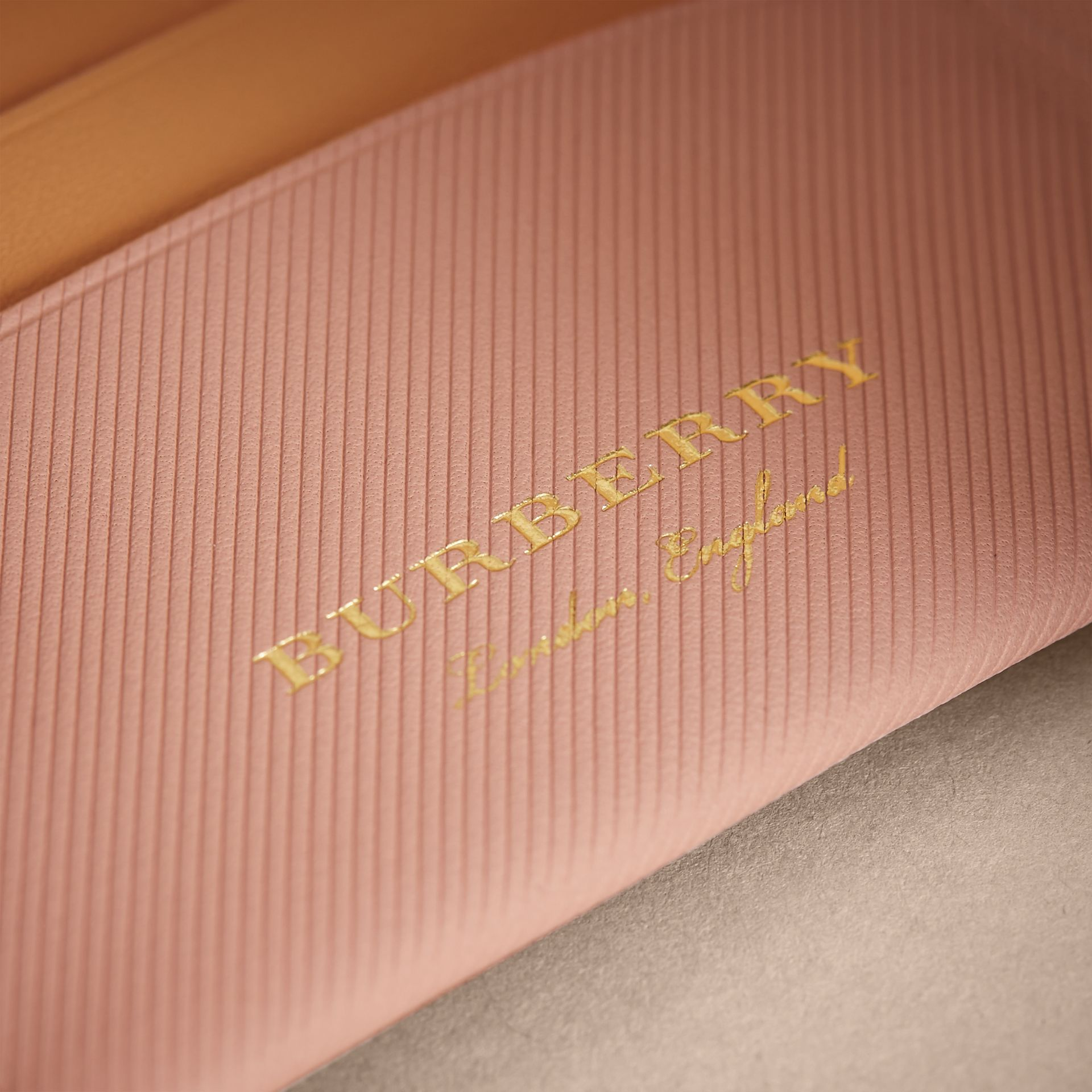 Two-tone Trench Leather Card Case in Ash Rose/pl Clemn - Women | Burberry United Kingdom - gallery image 1