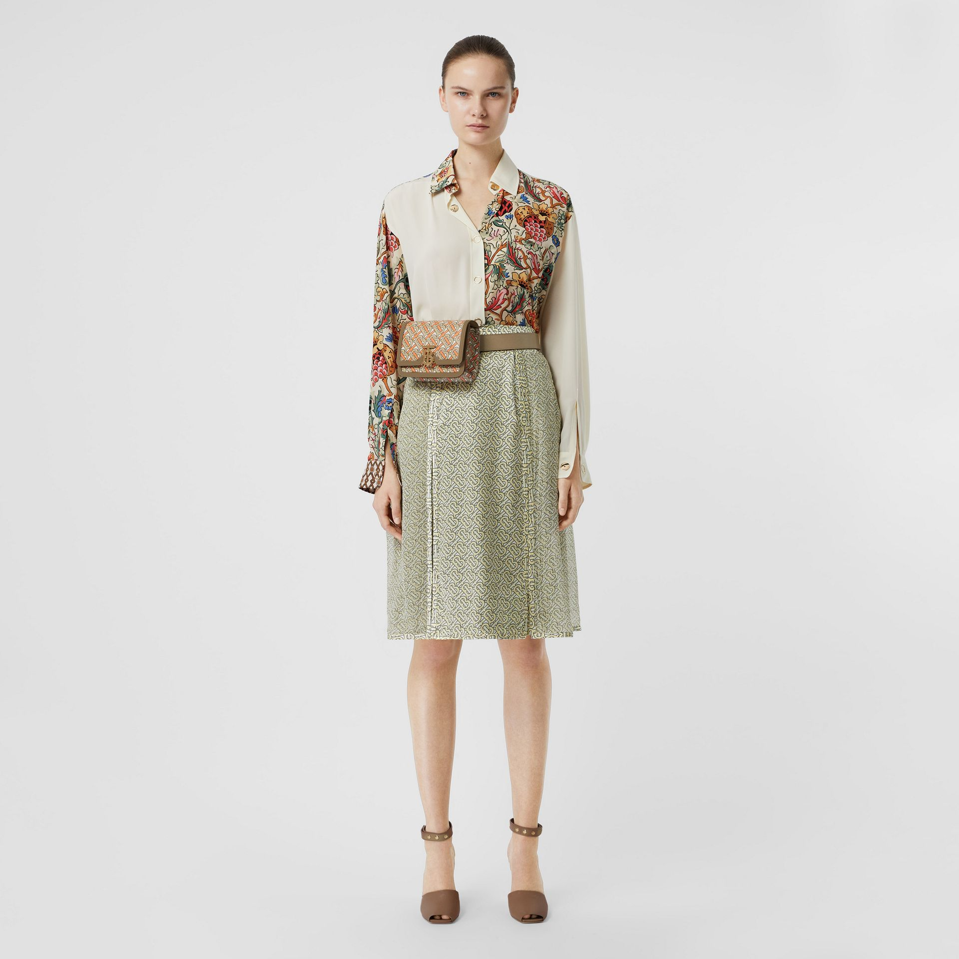 Floral Print Panel Silk Oversized Shirt in Vanilla - Women | Burberry Singapore - gallery image 5