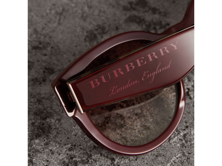 Round Frame Sunglasses in Burgundy - Women | Burberry - cell image 1