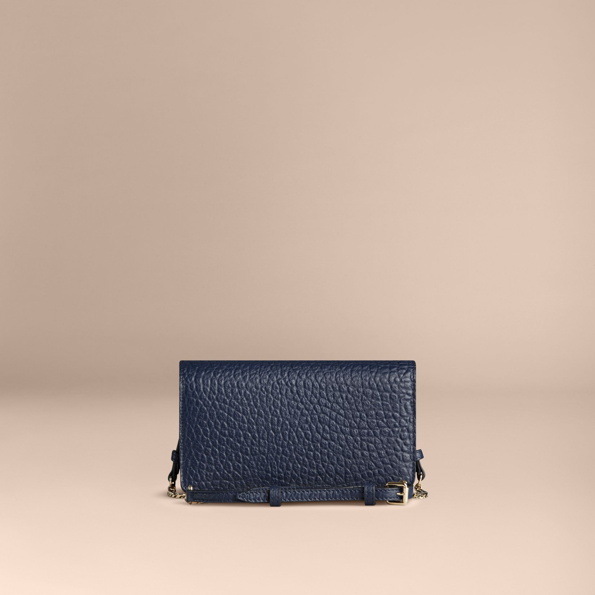 Blue carbon Small signature Grain Leather Clutch Bag with Chain - gallery image 5
