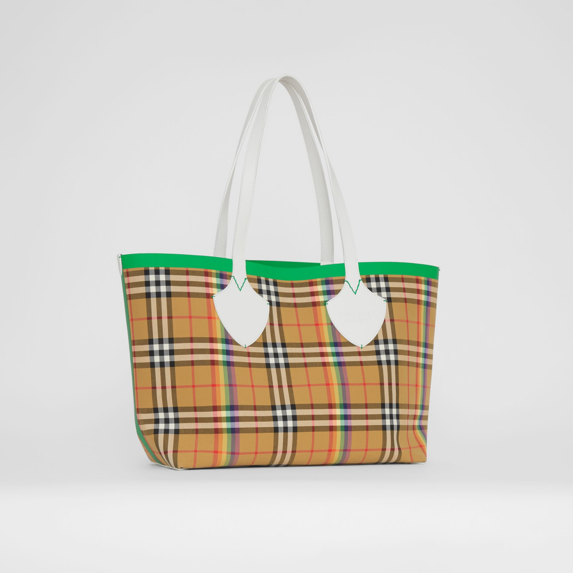 The Medium Giant Tote in Rainbow Vintage Check in Antique Yellow | Burberry - gallery image 6