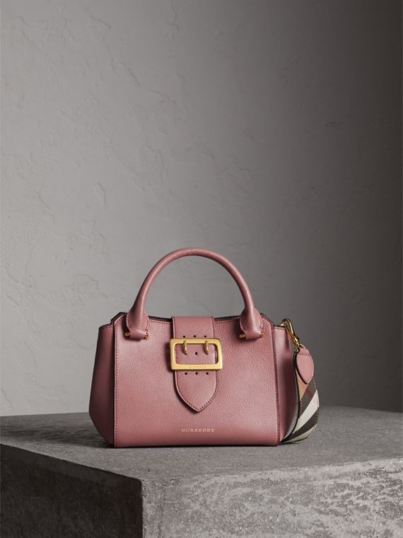 The Small Buckle Tote in Grainy Leather in Dusty Pink