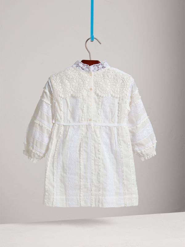 English Lace Detail Cotton High-neck Dress in Natural White | Burberry - cell image 3