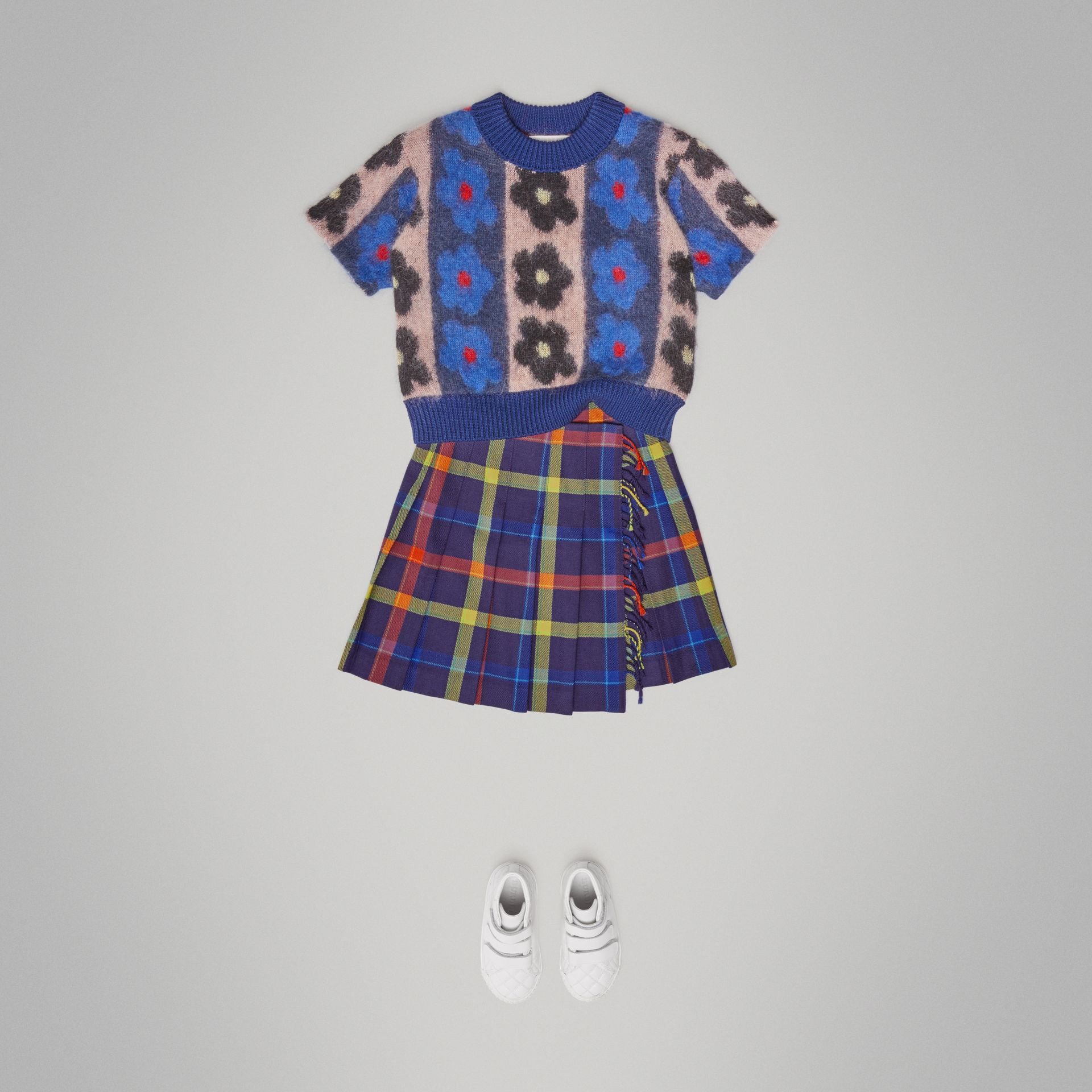 Fringe Detail Tartan Wool Kilt in Bright Navy - Children | Burberry Canada - gallery image 2