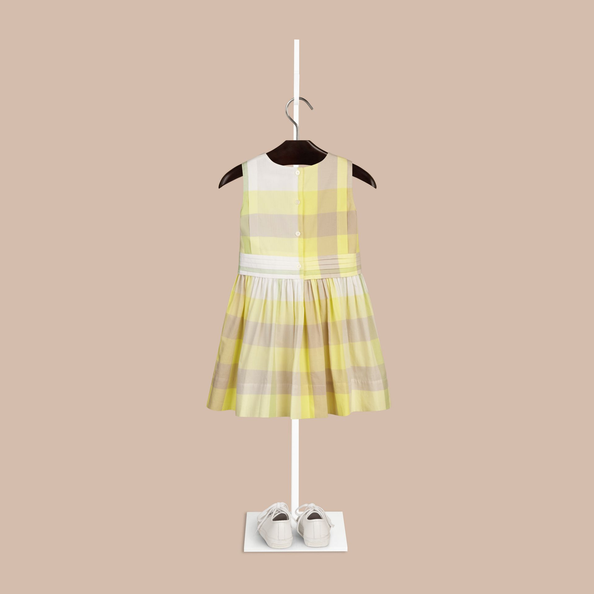 Helles zitronengelb Ärmelloses Baumwollkleid mit Check-Muster Helles Zitronengelb - Galerie-Bild 2