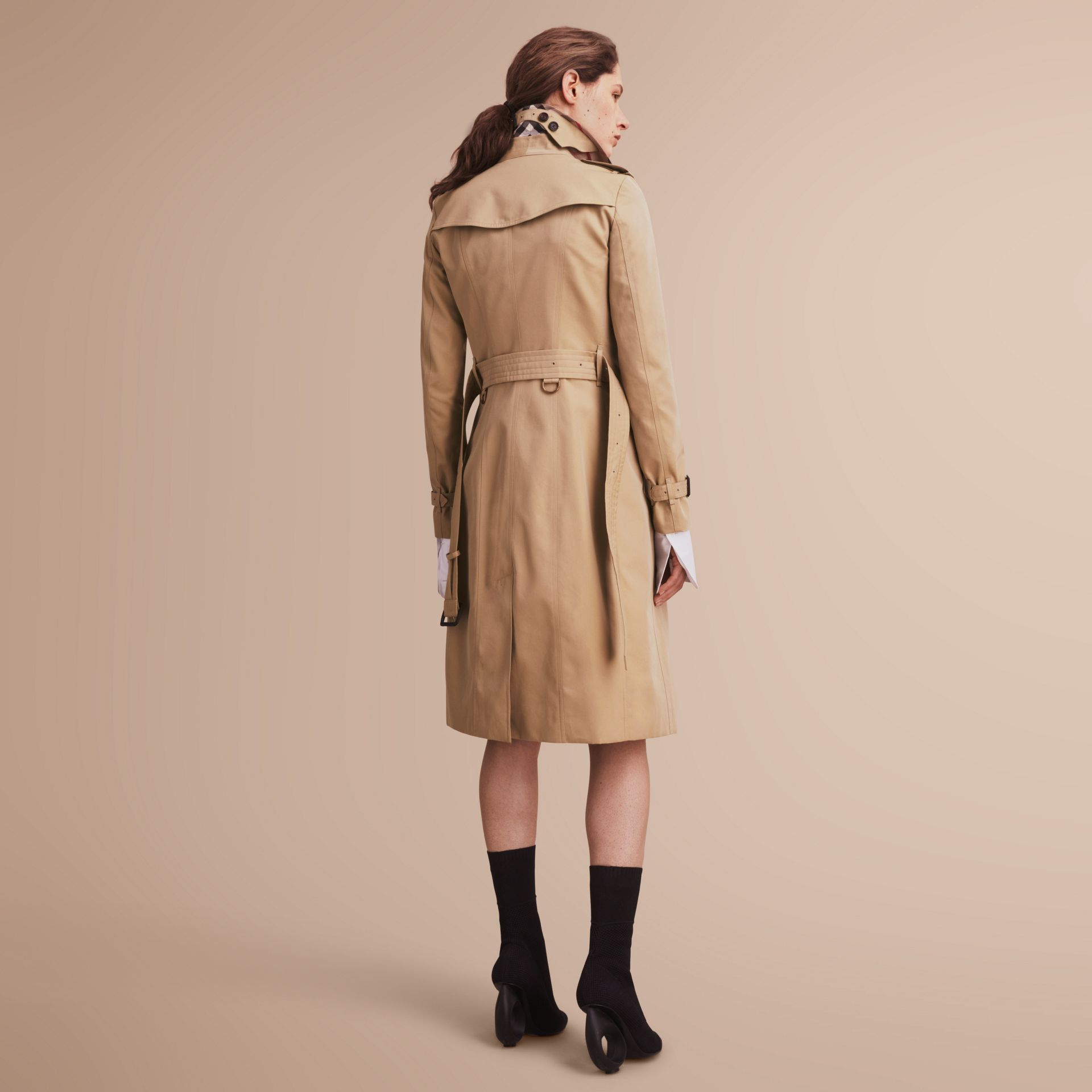 The Sandringham – Extra-long Heritage Trench Coat Honey - gallery image 3