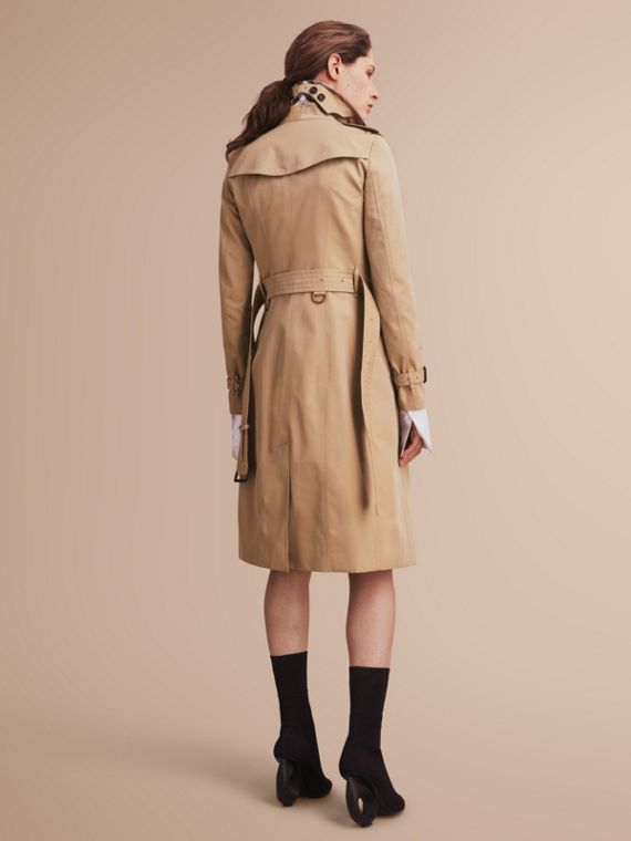 The Sandringham – Extra-long Heritage Trench Coat Honey - cell image 2