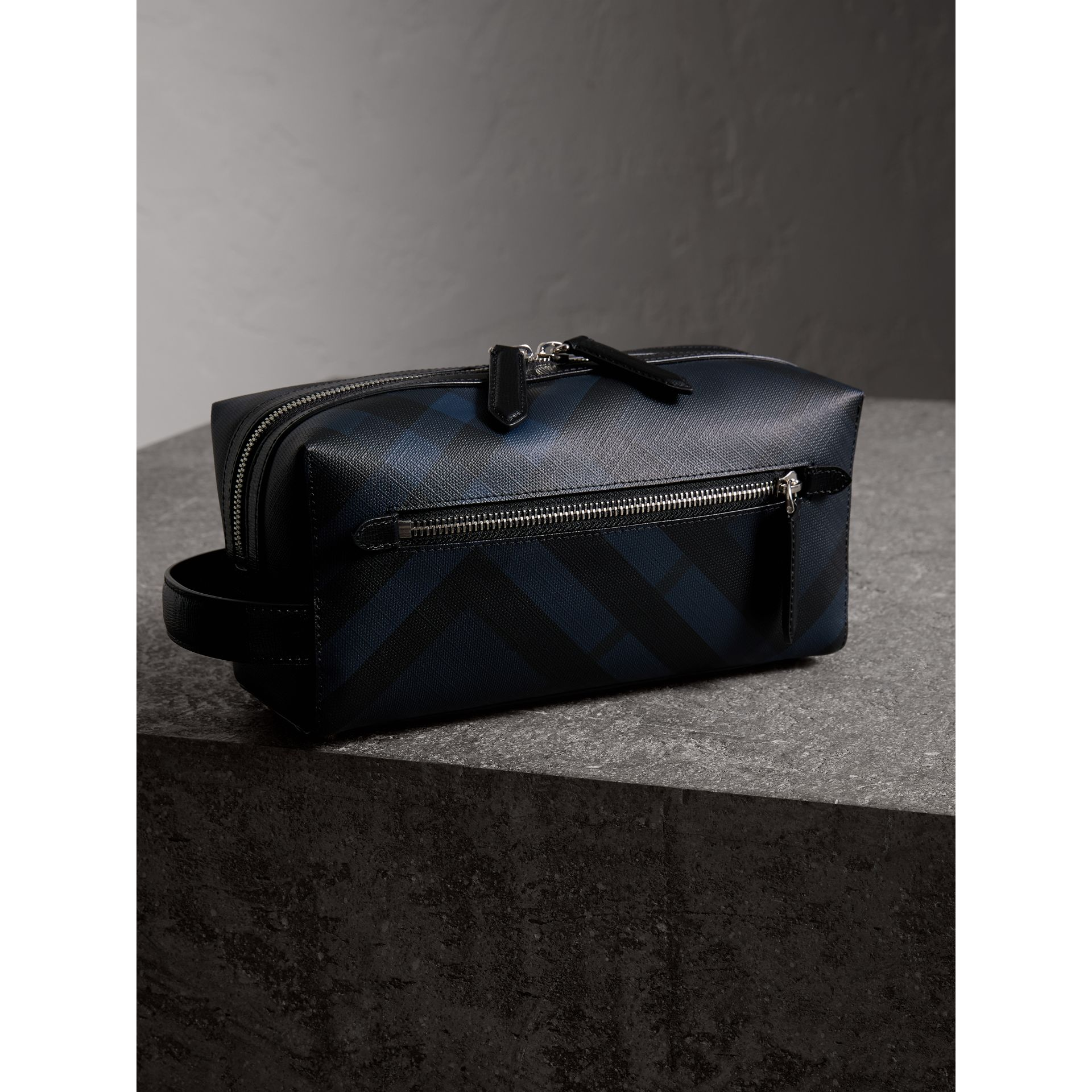London Check and Leather Pouch in Navy/black - Men | Burberry - gallery image 2