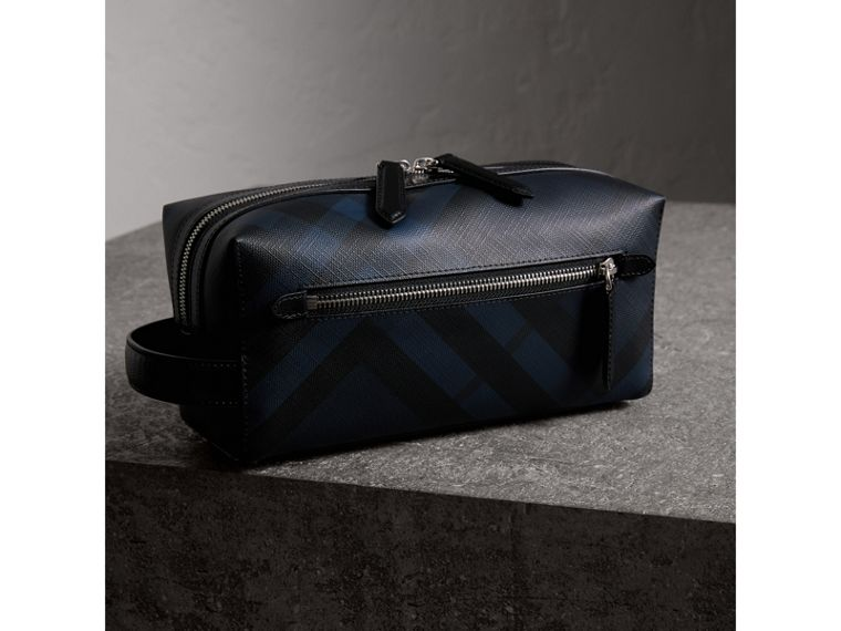 London Check and Leather Pouch in Navy/black | Burberry - cell image 4