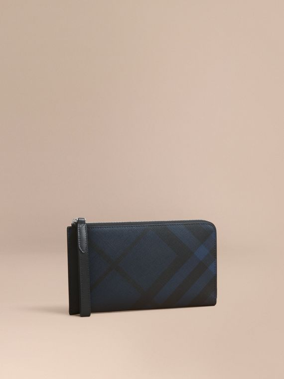 London Check Travel Wallet in Navy/black - Men | Burberry Singapore
