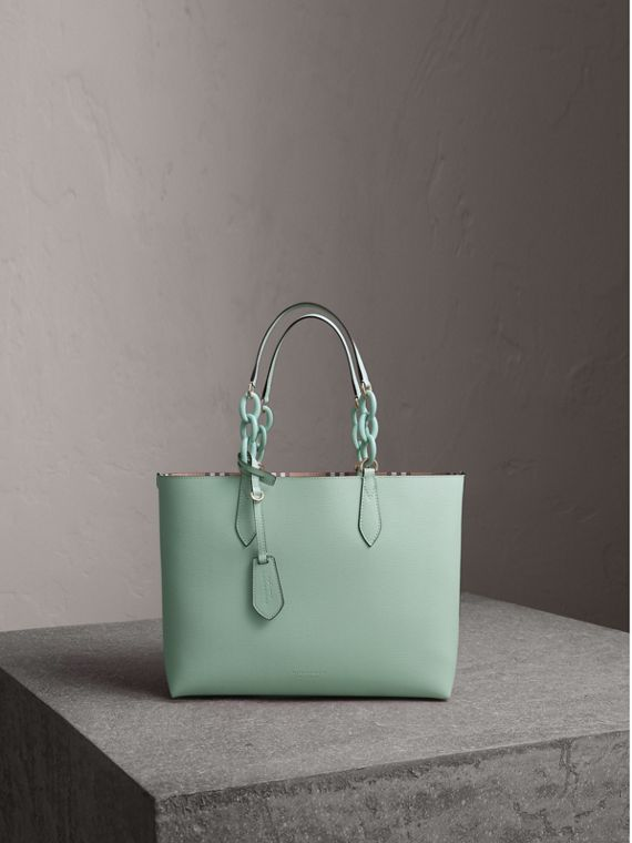 The Small Reversible Tote with Resin Chain in Pale Opal