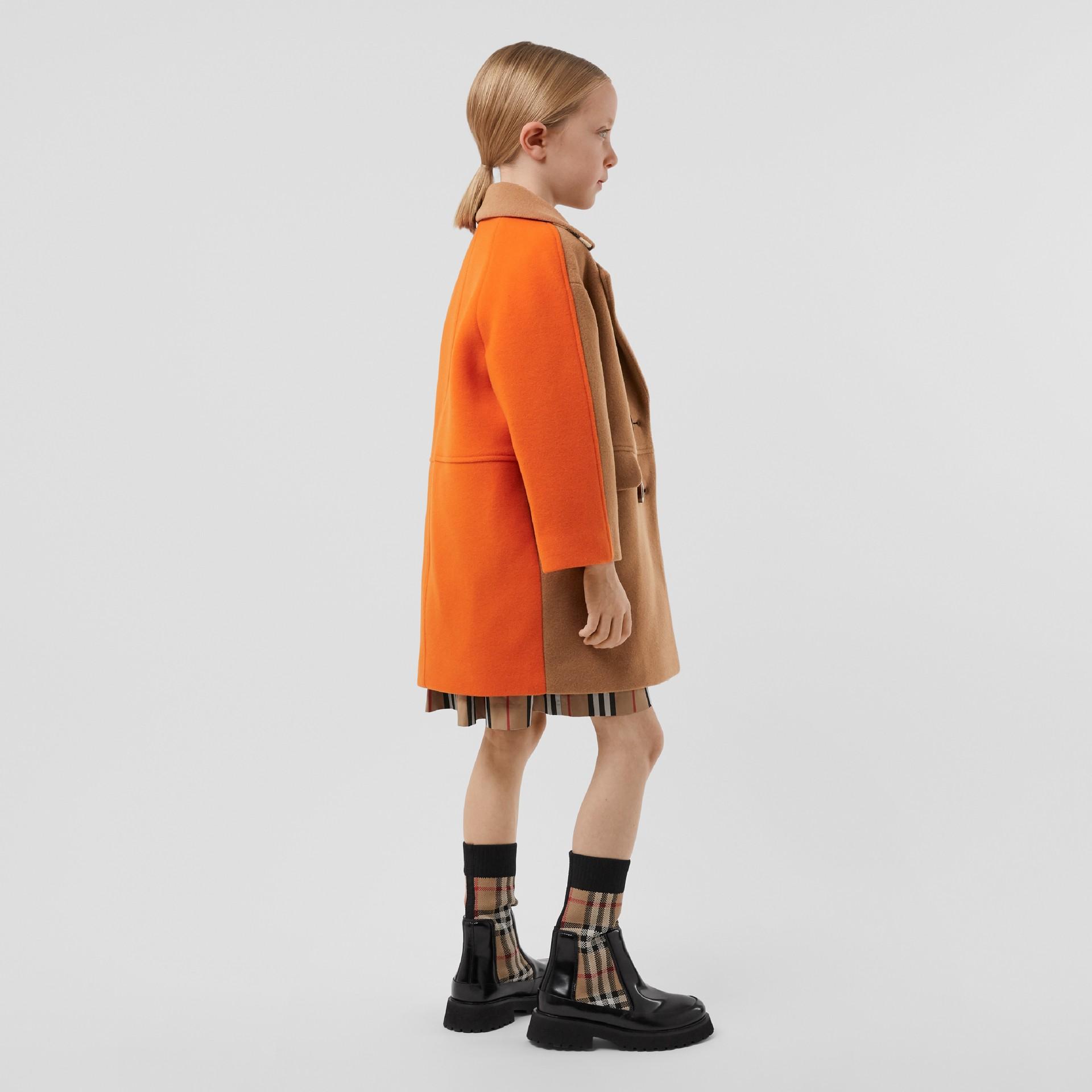 Colour Block Technical Wool Coat in Dark Walnut Melange   Burberry United Kingdom - gallery image 2