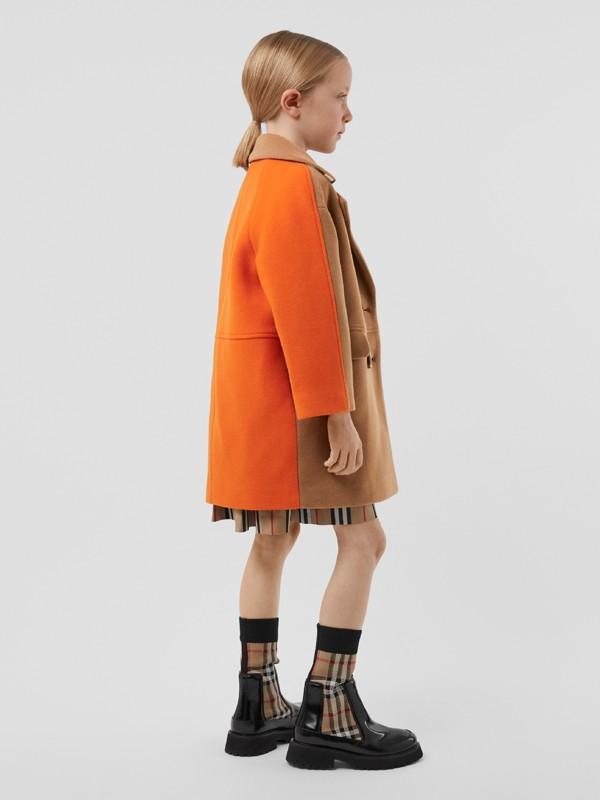 Colour Block Technical Wool Coat in Dark Walnut Melange   Burberry United Kingdom - cell image 2