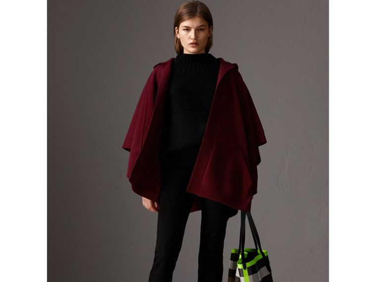 Wool Cashmere Blend Hooded Poncho in Deep Red - Women | Burberry Singapore - cell image 4
