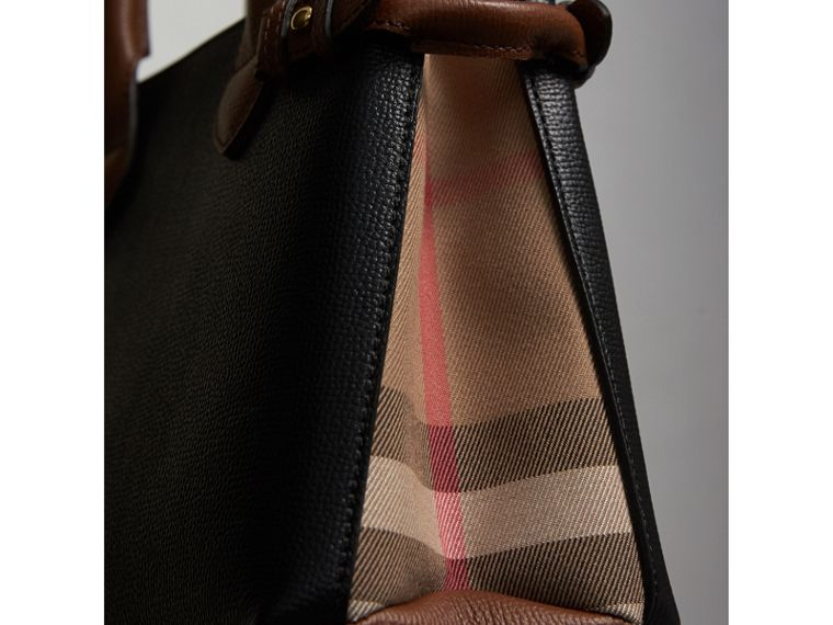 The Small Banner in Leather and House Check in Black/tan - Women | Burberry Singapore - cell image 4