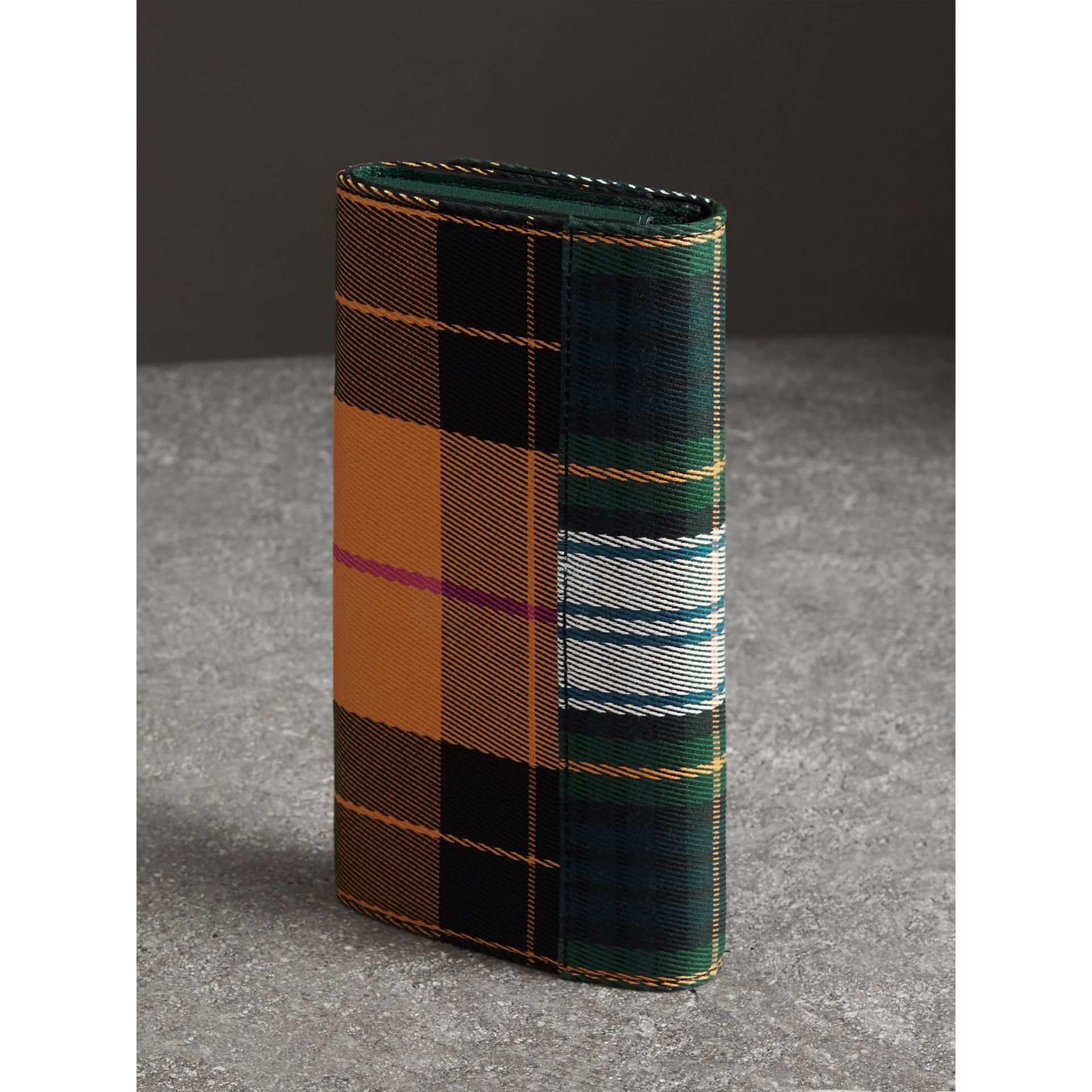 Tartan Cotton and Leather Wallet with Chain in Green/multicolour - Women | Burberry - gallery image 4