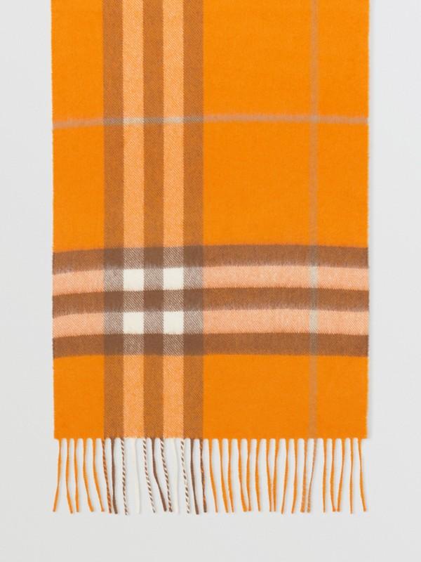 Écharpe classique en cachemire check (Orange) | Burberry - cell image 3