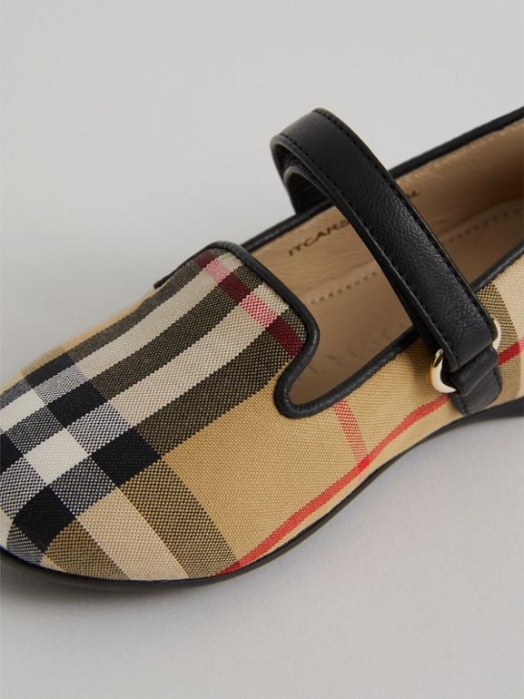 D-ring Strap Vintage Check Slippers in Antique Yellow - Children | Burberry - cell image 1