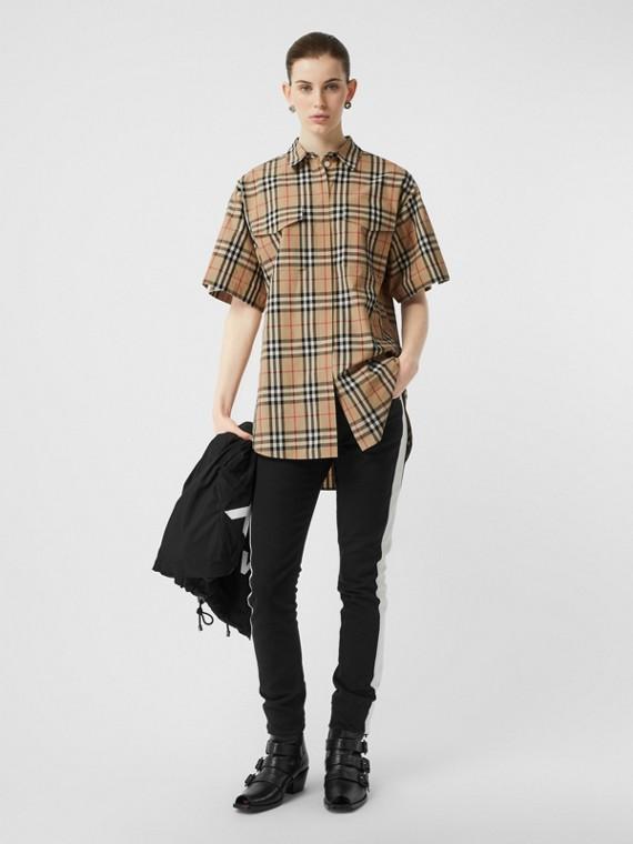 Camisa extragrande de manga corta en algodón a cuadros Vintage Checks (Beige)