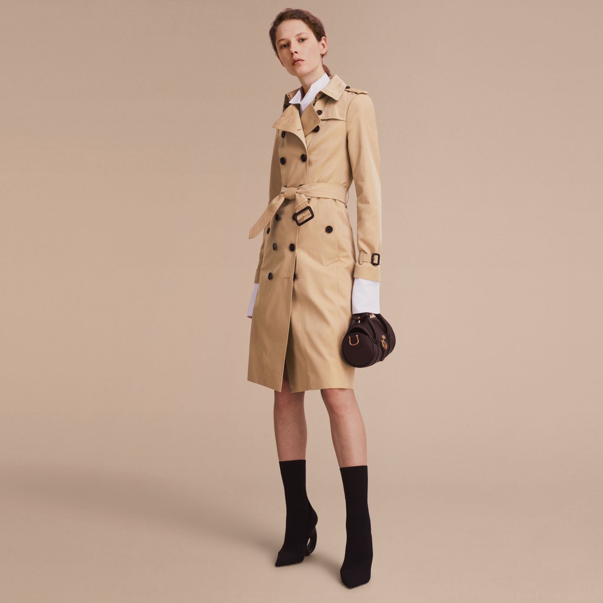 Honey The Sandringham – Extra-long Heritage Trench Coat Honey - gallery image 8