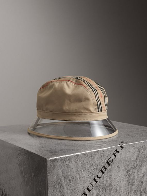 1983 Check Bucket Hat in Dark Sand