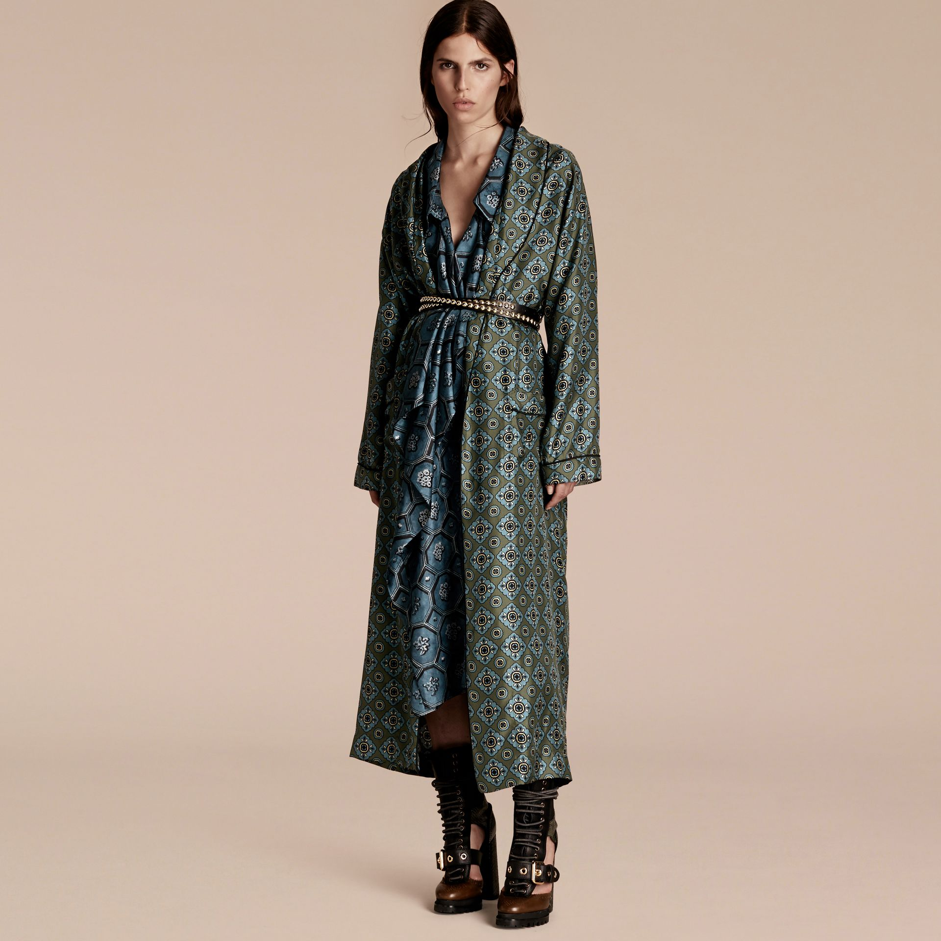 Geometric Tile Print Silk Twill Dressing Gown Coat - gallery image 6