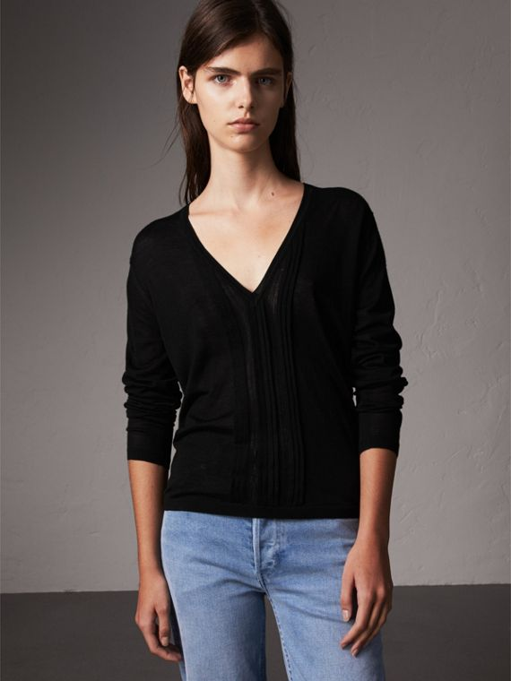 Pintuck Detail Cashmere V-neck Sweater in Black