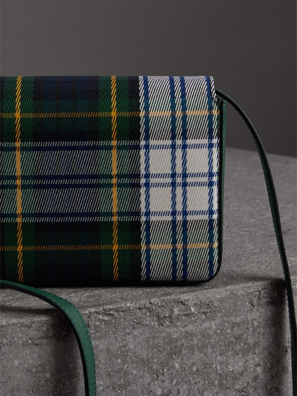 Tartan and Leather Wallet with Detachable Strap in Green/multicolour - Women | Burberry Australia - cell image 3