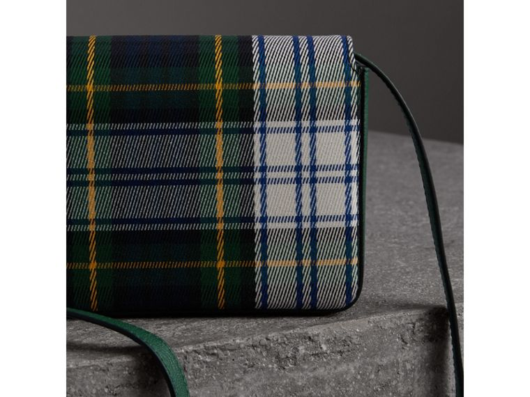 Tartan and Leather Wallet with Detachable Strap in Green/multicolour - Women | Burberry - cell image 4