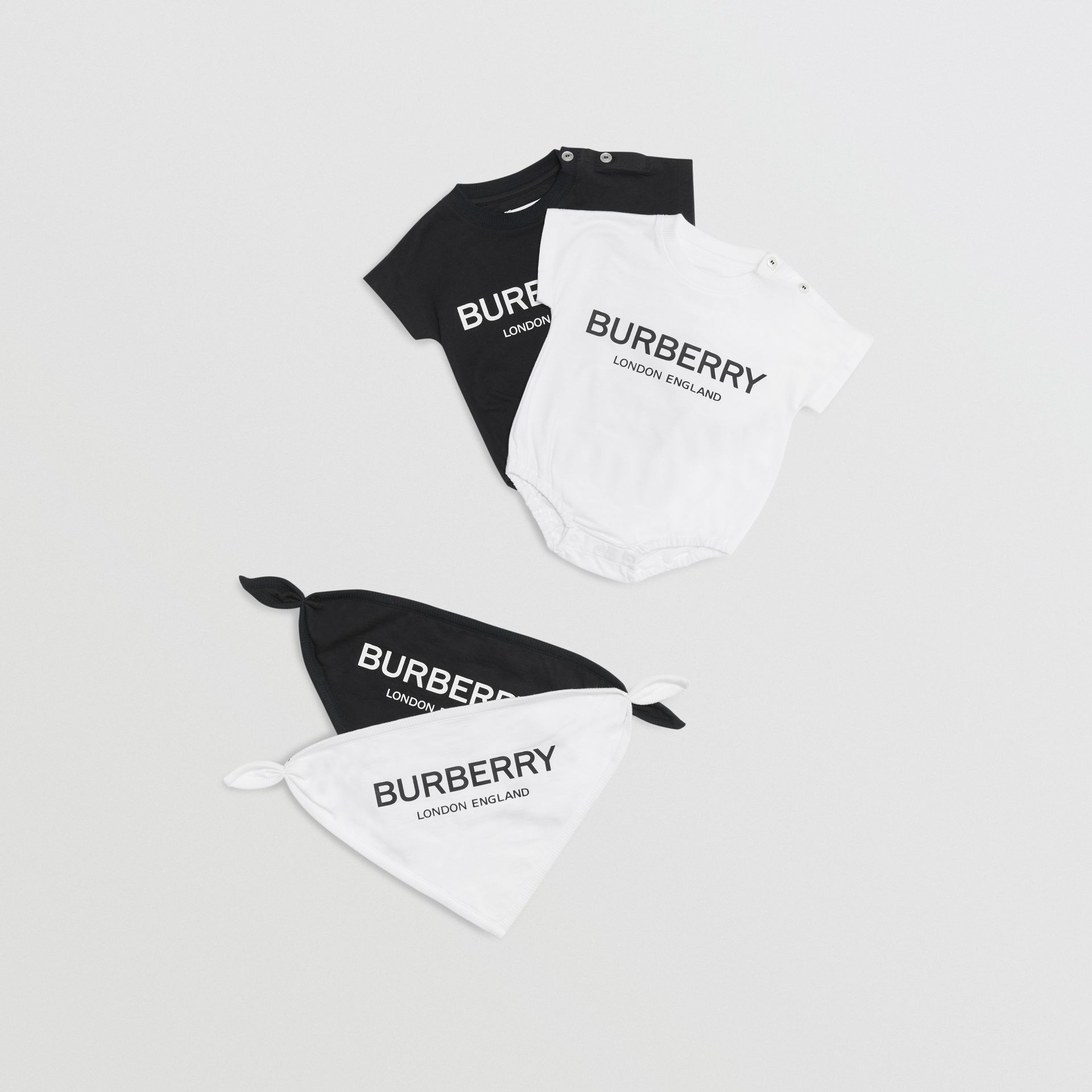 Logo Print Cotton Four-piece Baby Gift Set in Black/white - Children | Burberry Singapore - gallery image 0
