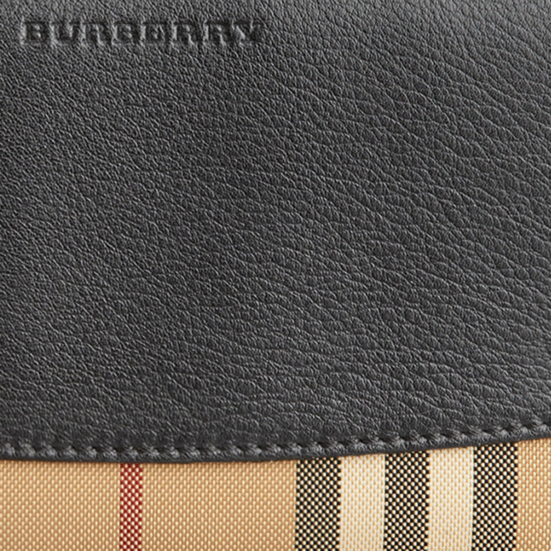 Horseferry Check and Leather Ziparound Wallet in Black - Women | Burberry Singapore - gallery image 2