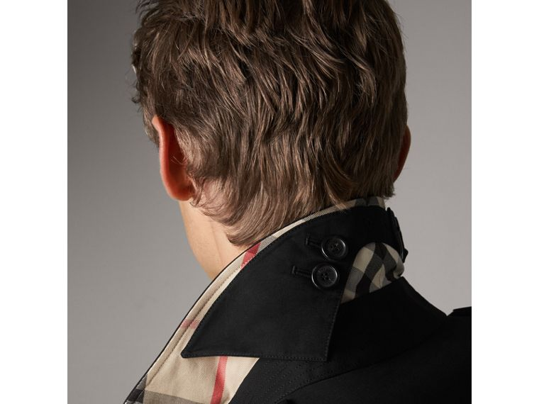 The Kensington – Long Heritage Trench Coat in Black - Men | Burberry - cell image 1