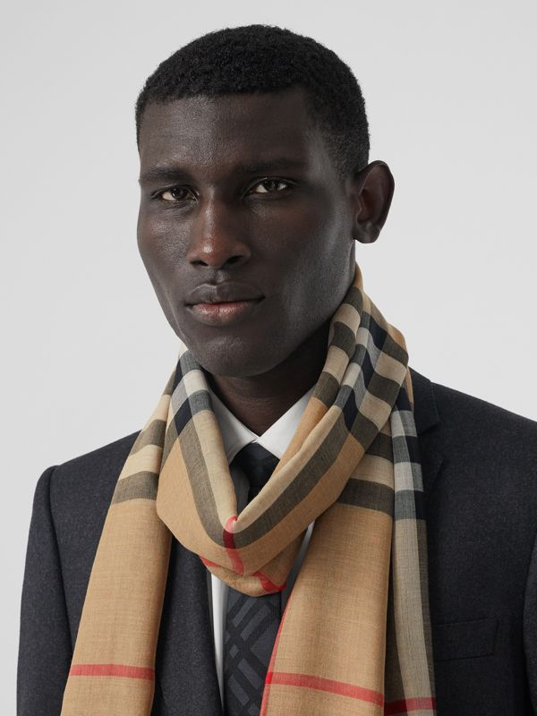 Lightweight Check Wool Silk Scarf in Archive Beige | Burberry - cell image 3