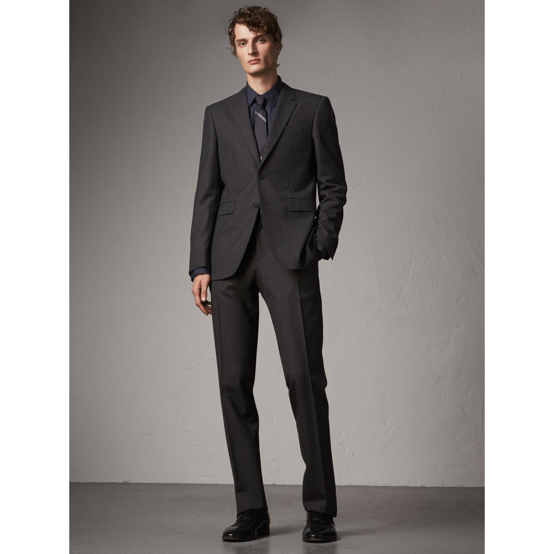 Modern Fit Stretch Cotton Shirt in Navy - Men | Burberry - gallery image 5