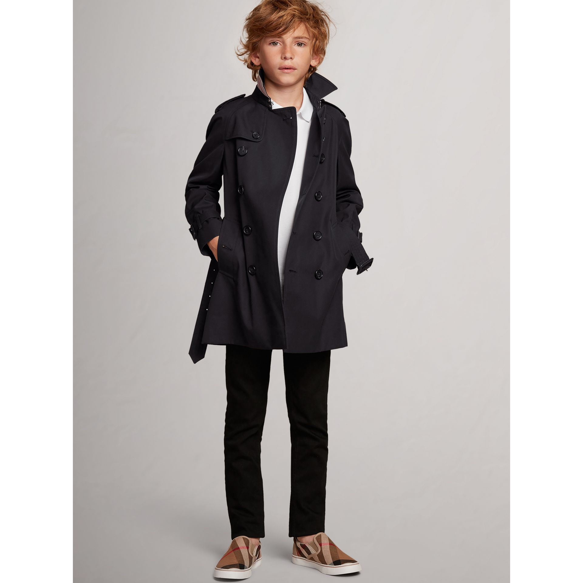 The Wiltshire Trench Coat in Navy - Boy | Burberry Canada - gallery image 1